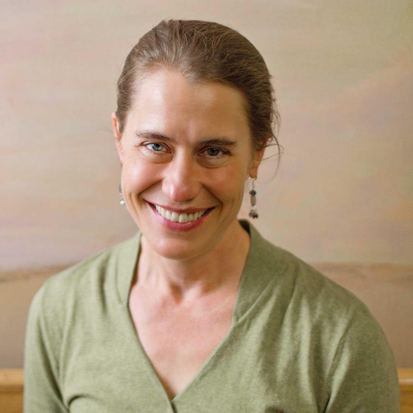 Dr. Elizabeth Ehrhardt